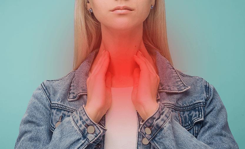 жена с болки в гърлото